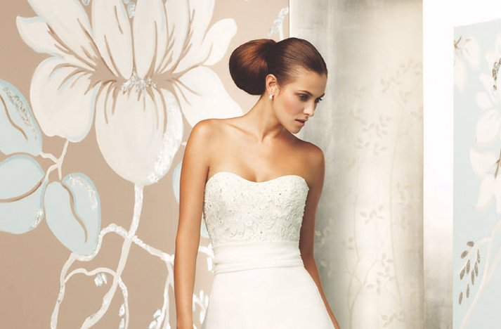 Sleek-ponytail-wedding-hairstyle-paloma-blanca.full