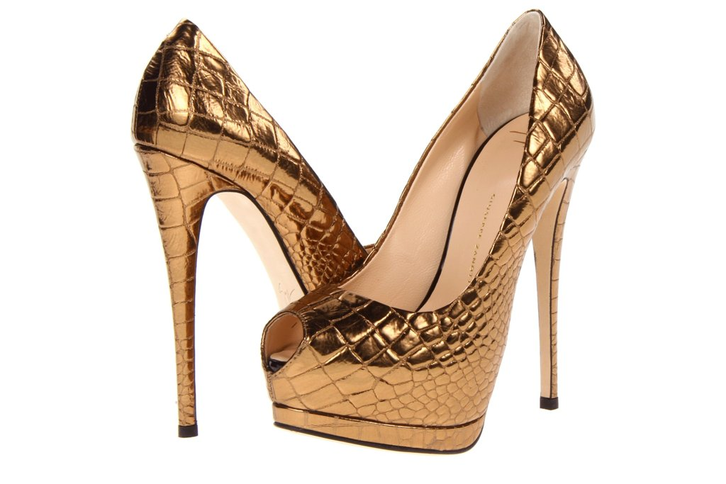 Glamorous-gold-wedding-shoes-giuseppe-zanotti-snakeskin-platforms.full