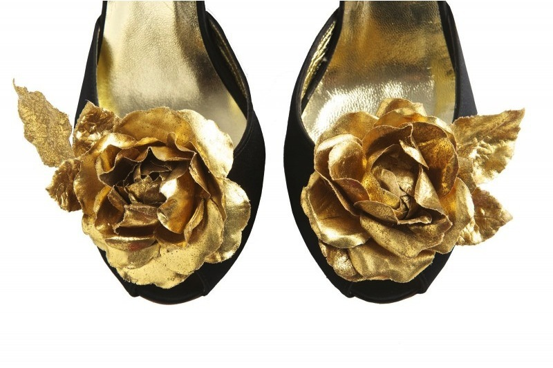 Black wedding shoes with gold flowers