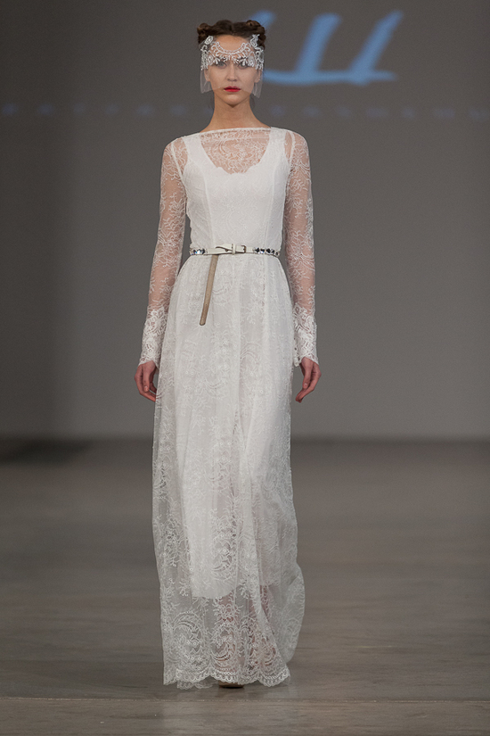 lace long sleeved wedding dress with ruffled collar