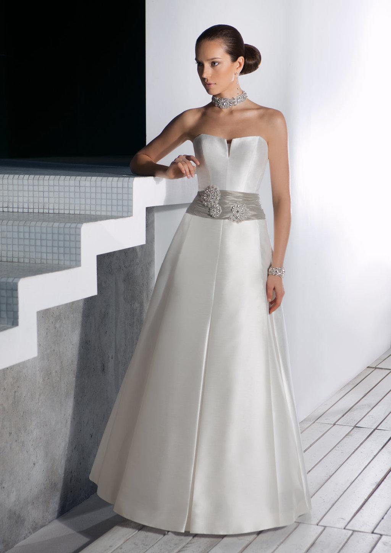 Edelweis-wedding-dress-3.full