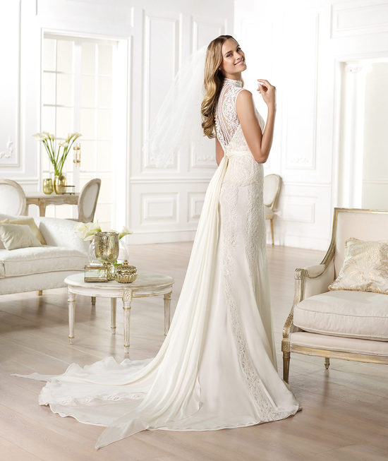 Ivory Lace Statement Back Wedding Dress