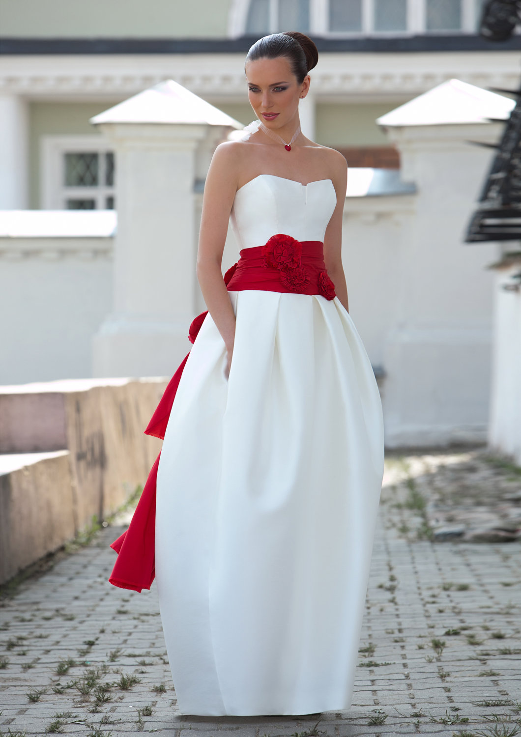 Jackie kennedy inspired wedding dresses for Wedding dress with red sash