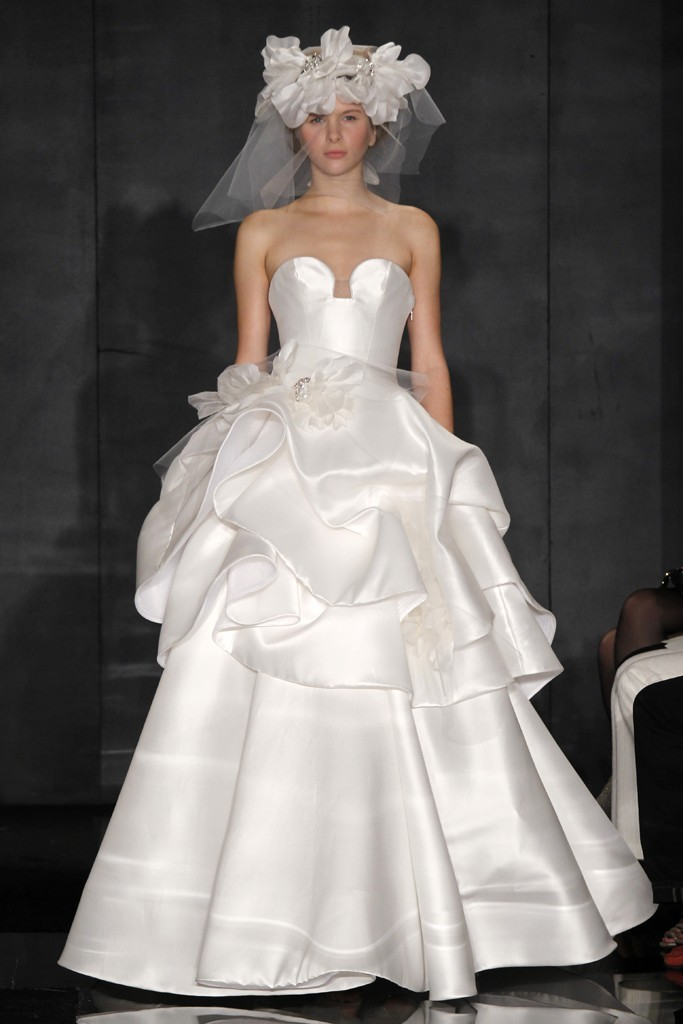 2012-wedding-dress-trend-peplums-reem-acra-3.full