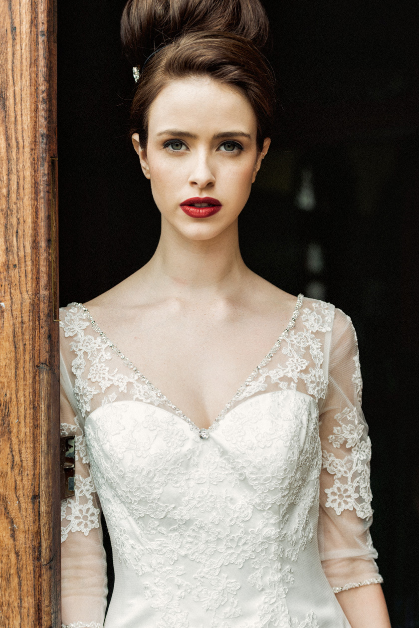 Cache-wedding-dress-by-charlotte-balbier-2014-bridal.full