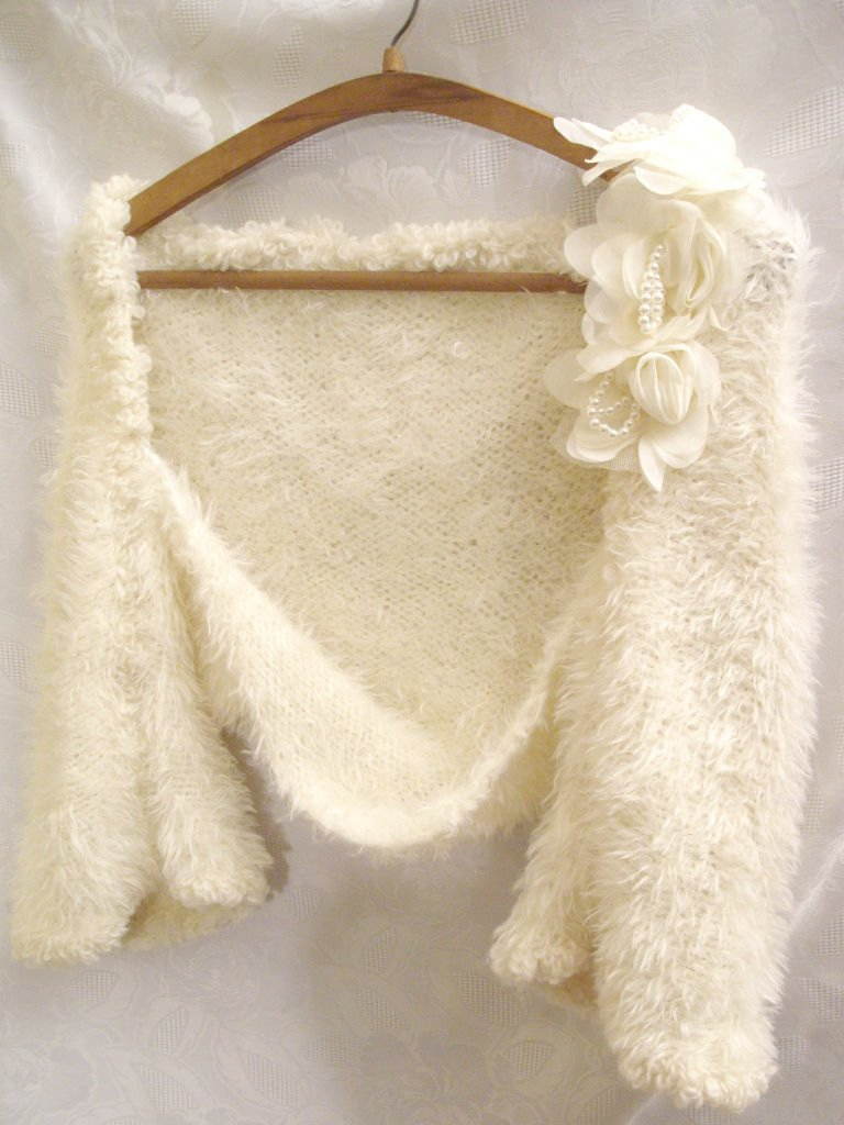Vintage-inspired bridal shrug