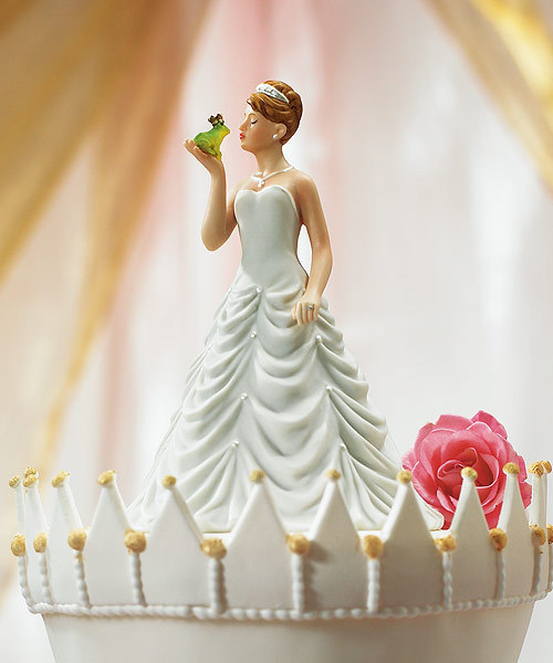 Bride Kissing Frog Figurine