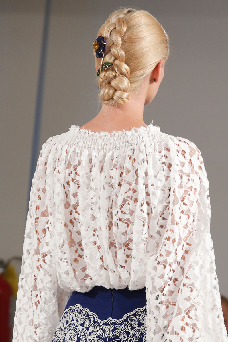 Oscar de la Renta Fashion Week Inspiration - For the Bohemian Bride