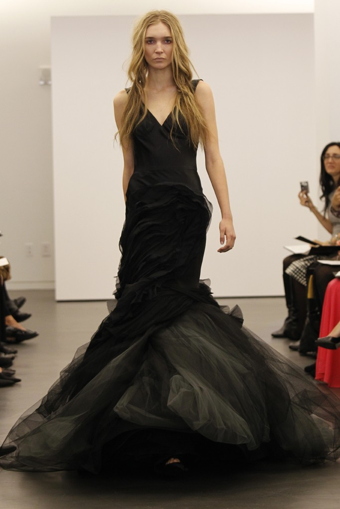Vera-wang-wedding-dress-fall-2012-bridal-gowns-11.full