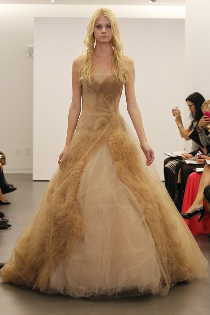 Nude Vera Wang Mermaid Wedding Dress