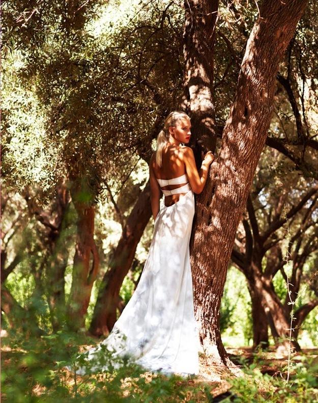 Wedding-dress-amanda-wakely-sposa-bridal-gowns-silk-mikado.full