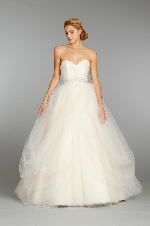 Classic V-Neck Wedding Dress