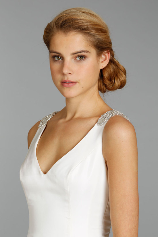 Simple Classic V-Neck Wedding Dress