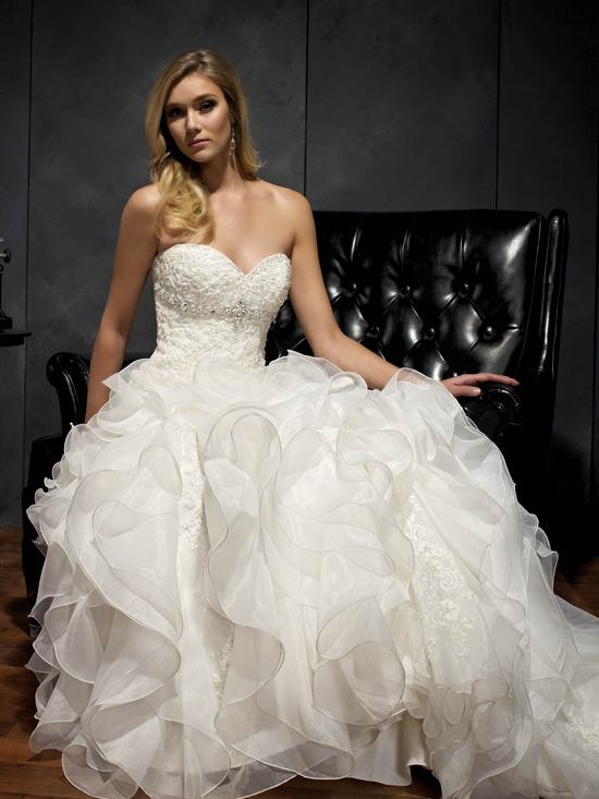 Glamorous Ball Gown Wedding Dress