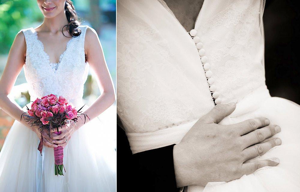 Chantilly-lace-v-neck-wedding-dress.full