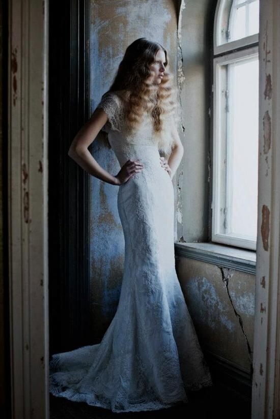 brushed out waves for long hair brides
