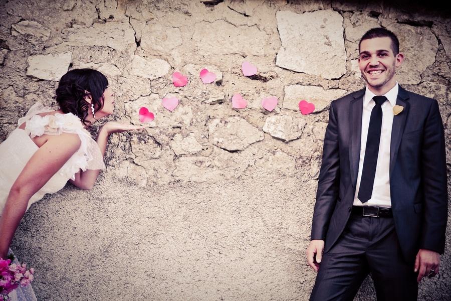 Romantic-real-wedding-retro-bohemian-bride-1.full