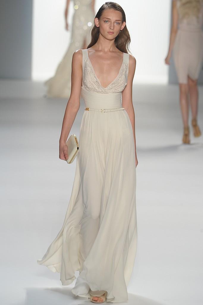 Elie-saab-ivory-scoop-neck-wedding-dress.full