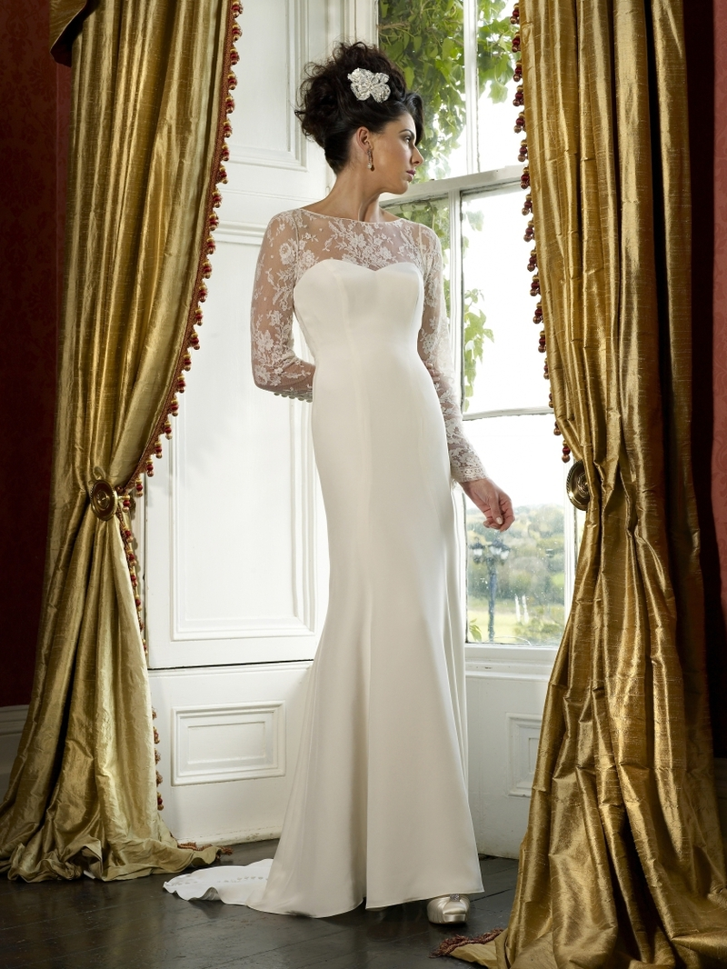 Savannah-wedding-dress-by-kathy-de-stafford-2013-bridal.full
