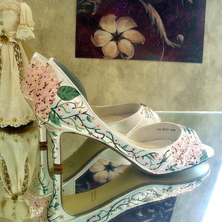 Romantic white wedding shoes with floral print