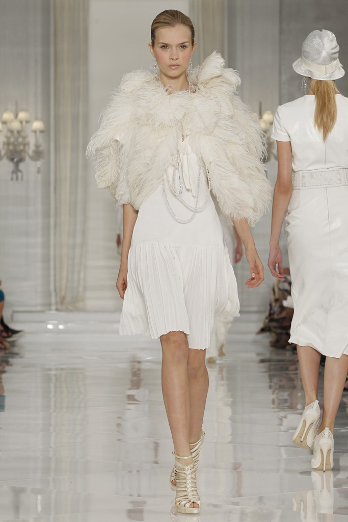 Ralph-lauren-2011-bridal-style-fur-bridal-shrug.original
