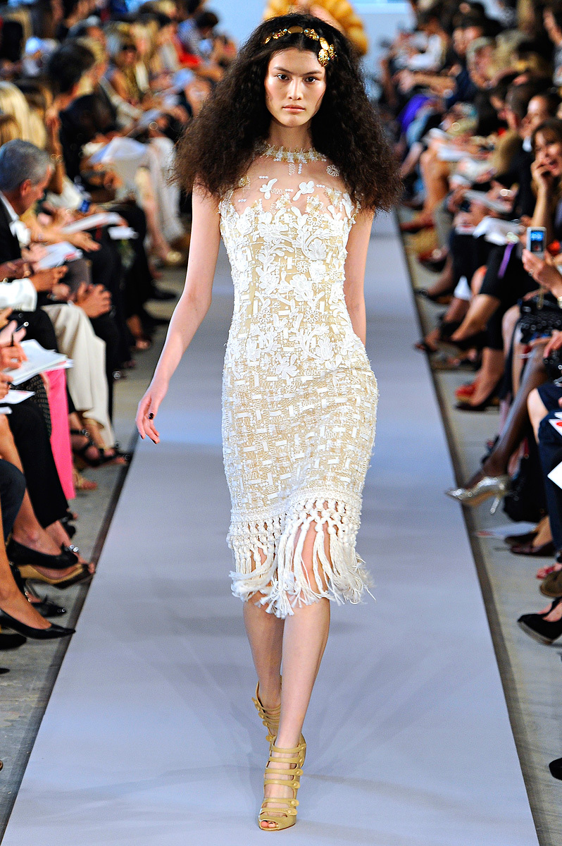 Oscar-de-la-renta-rtw-ss2012-runway-wedding-dresses.full