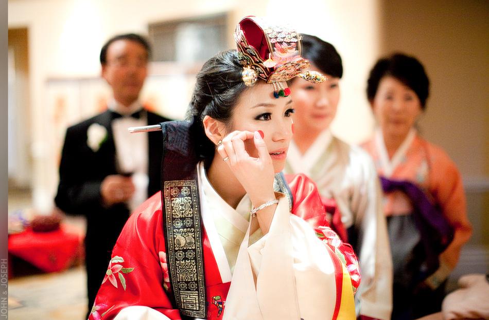 Jkh-romantic-real-wedding-california-cultural-wedding-asian.full