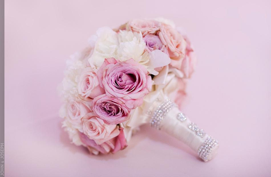 Jkh-romantic-real-wedding-california-bridal-bouquet.full