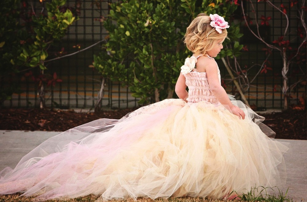 Flower Girl Dresses With Train 38
