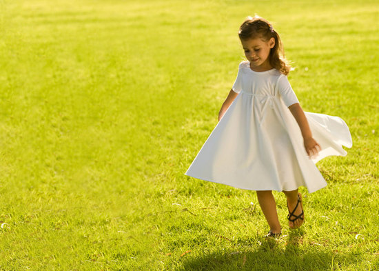 Simple White Flower Girl Dress For Outdoor Weddings