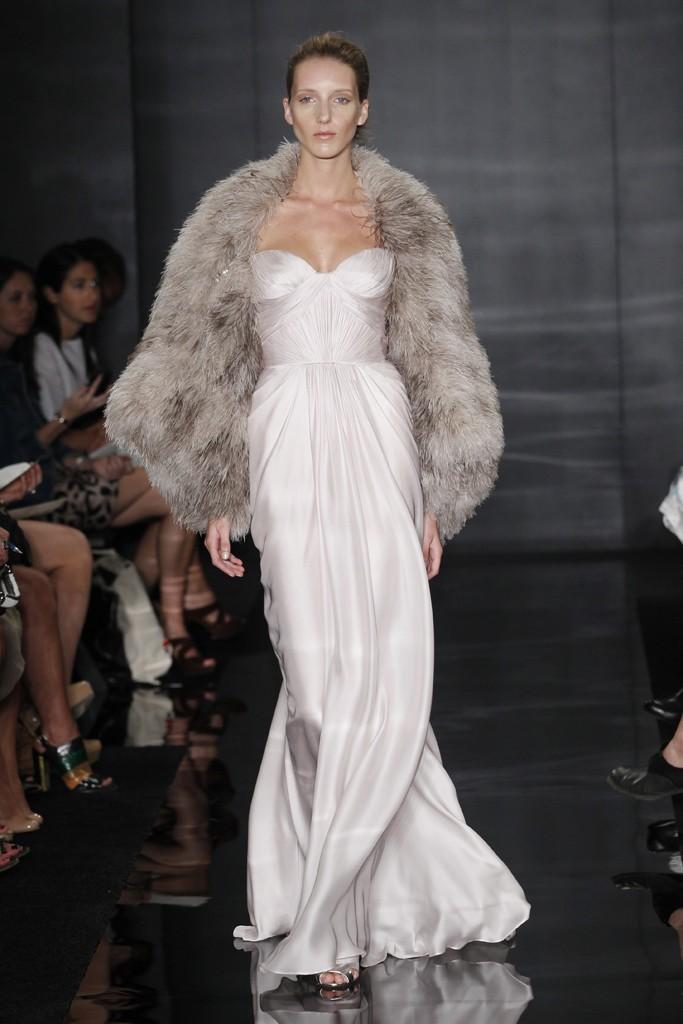 Dramatic Wedding Dress By Reem Acra Onewed Com