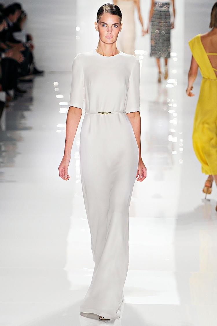Derek-lam-rtw-ss2012-elegant-wedding-dress-sleeves.full