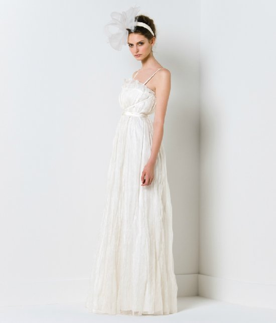 Vintage-inspired wedding dress by Max Mara