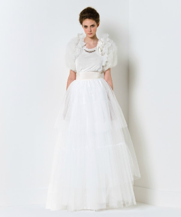 Max-mara-wedding-dress-2011-bridal-gowns-winter-wedding-boldero.full
