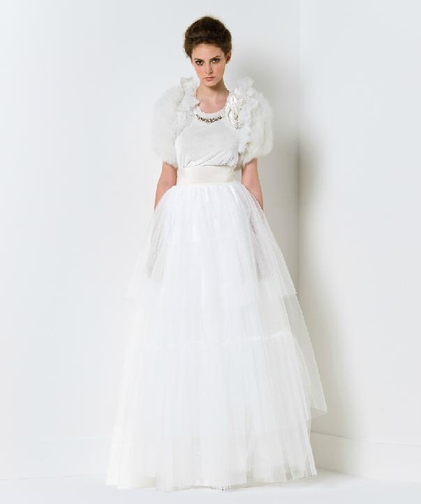 Tulle ballgown wedding dress with fur bridal shrug for Fur shrug for wedding dress
