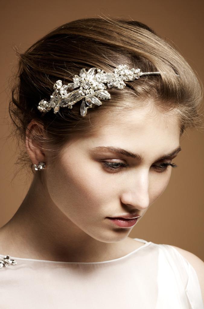 Vintage-inspired-bridal-barette.full