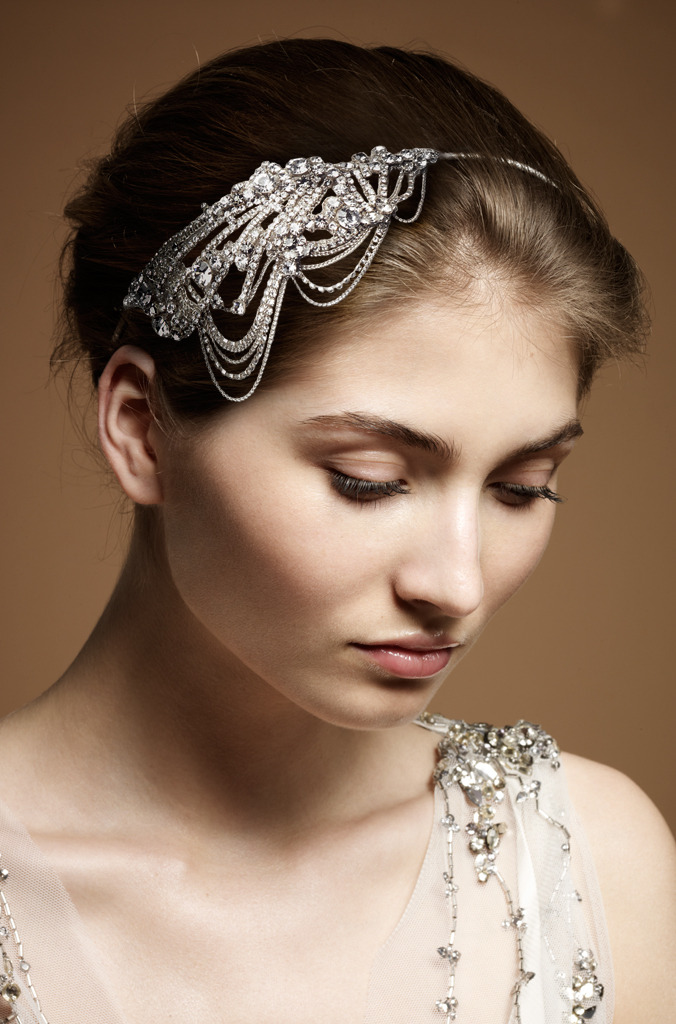 Vintage-inspired-bridal-headband-jenny-packham0wedding0-dress.original