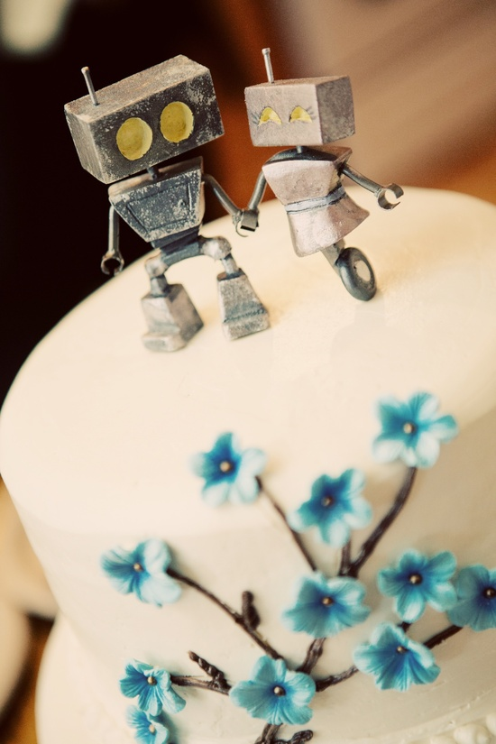 DIY robot wedding cake toppers