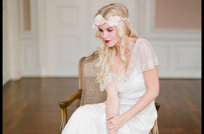 Wedding-makeup-wear-red-lips-2.full