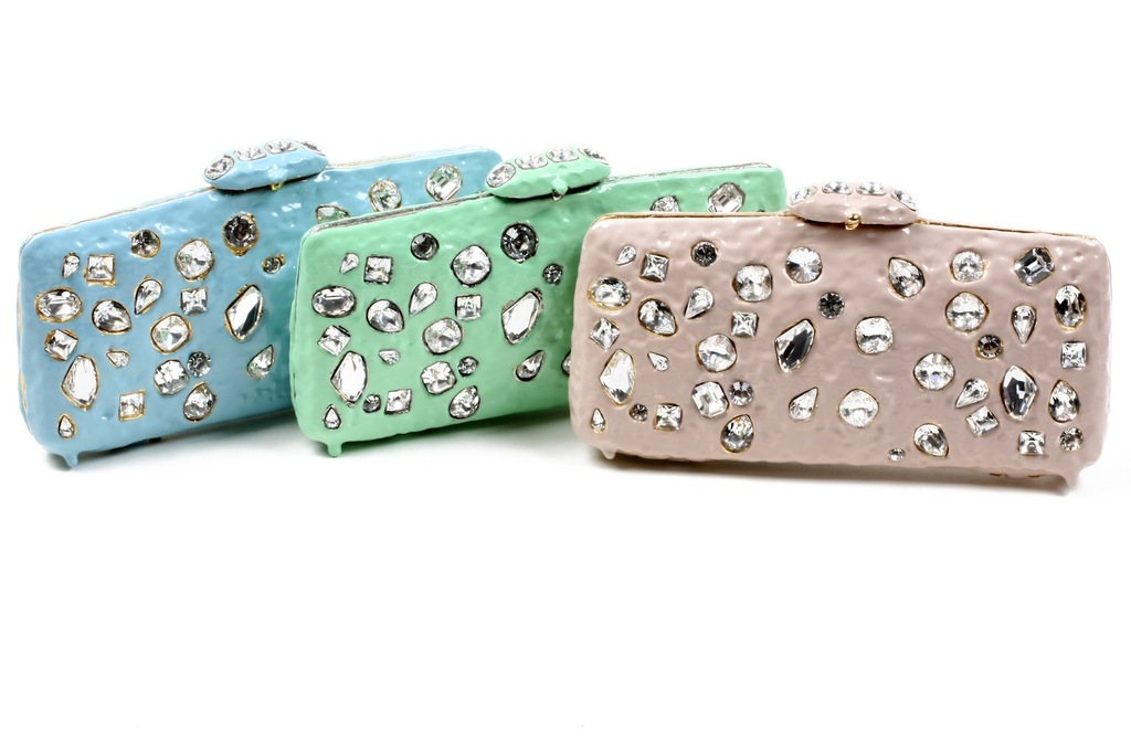 Pastel-crystal-embellished-bridal-clutches.full