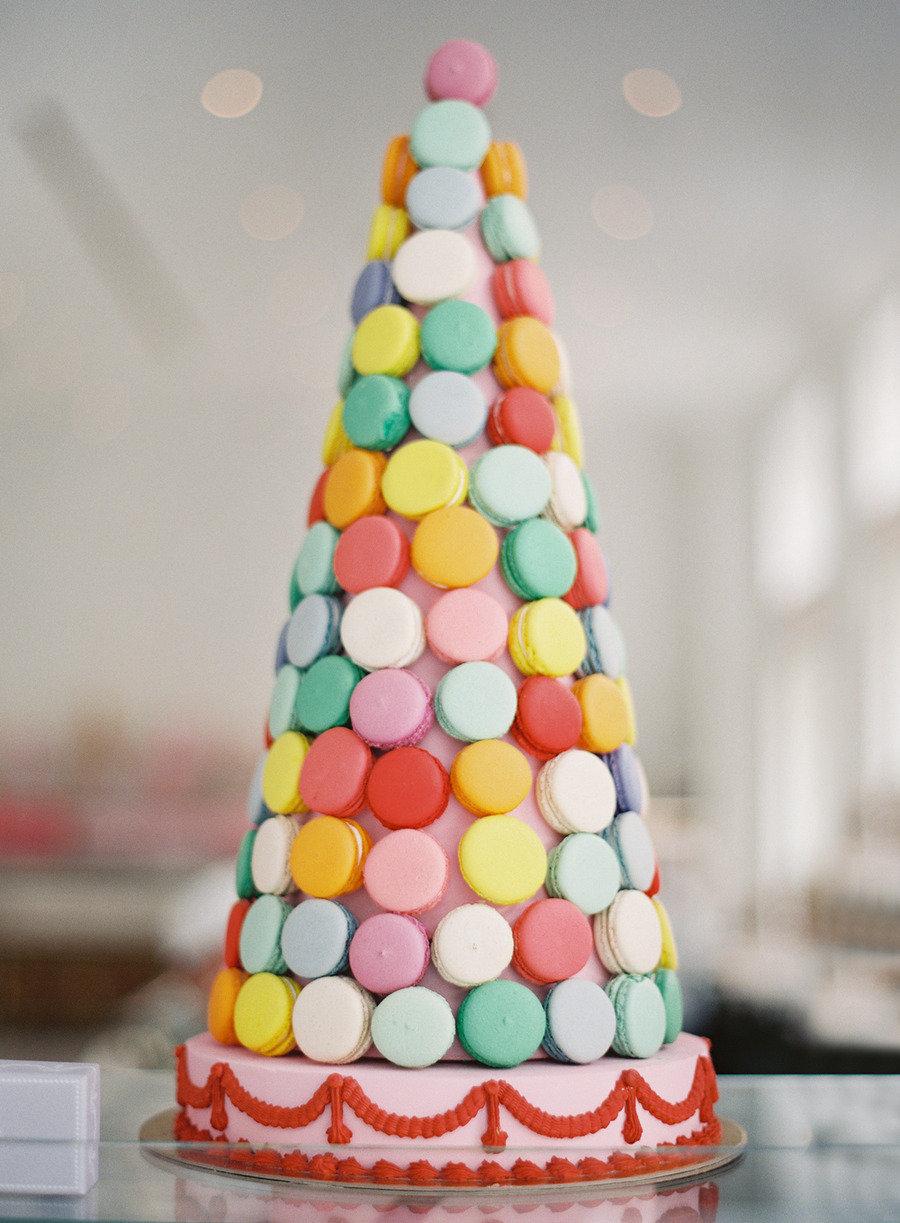 Colorful-wedding-macaron-cake.full