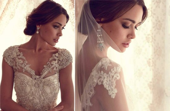 Classic Lace Wedding Dress