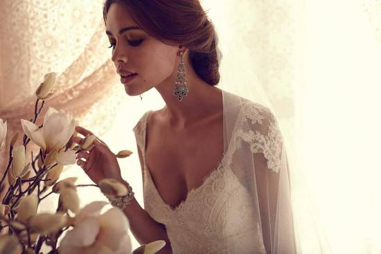 Anna Campbell wedding dress Thalia