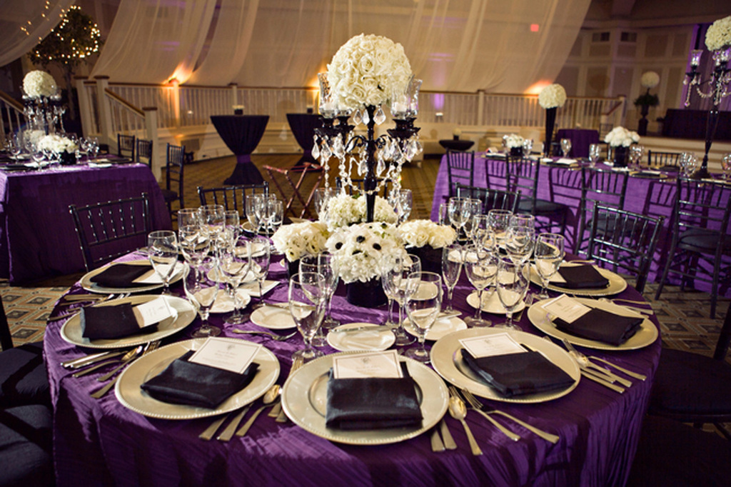 romantic royal purple black and white wedding reception dinner table