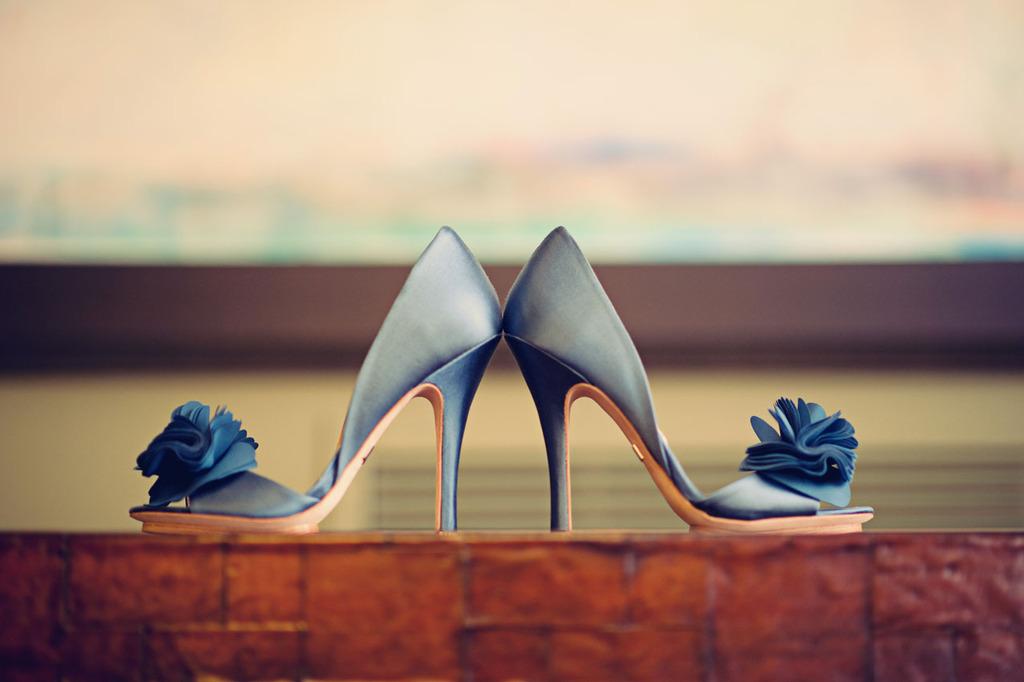Blue-wedding-shoes-high-pumps.full