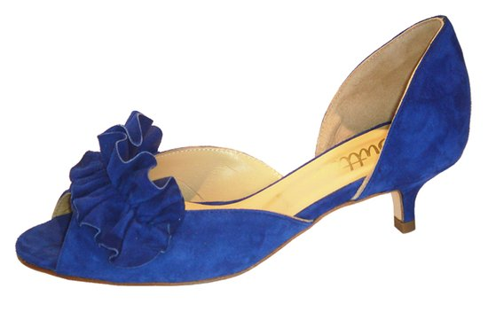 Blue wedding shoes with low kitten heel