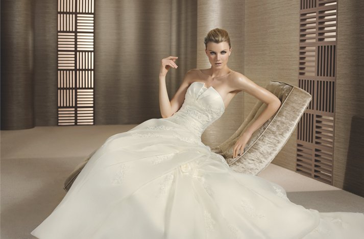 Classic-wedding-dress-w1.full