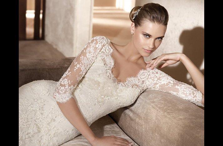 Wedding-dress-necklines-most-flattering.full