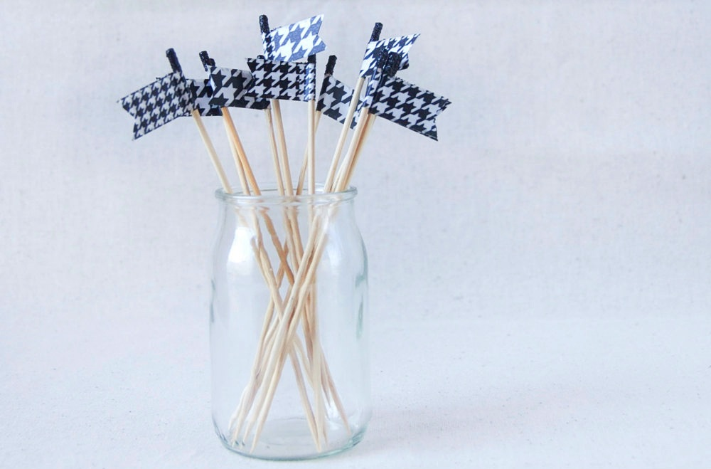 Black And White Houndstooth Wedding Drink Stirs