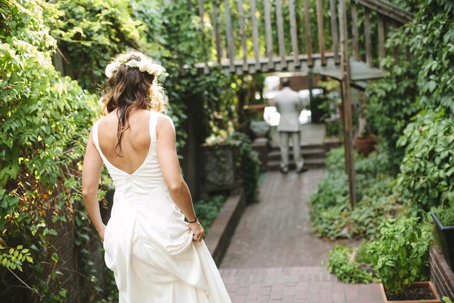 Bright-summer-wedding-first-look-approach.full